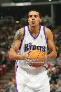SACRAMENTO, CA - NOVEMBER 9: Matt Barnes #9 of the Sacramento Kings shoots a free throw against the Toronto Raptors during the game at Arco Arena on November 9, 2004 in Sacramento, California. The Kings won 108-92. NOTE TO USER: User expressly acknowledges and agrees that, by downloading and/or using this Photograph, user is consenting to the terms and conditions of the Getty Images License Agreement. Mandatory Copyright Notice: Copyright 2004 NBAE (Photo by Rocky Widner/NBAE via Getty Images) *** Local Caption *** Matt Barnes